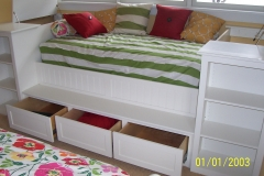 Built In Day Bed